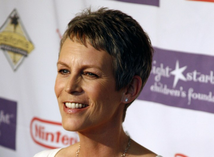 Jamie Lee Curtis super short layered hairstyle