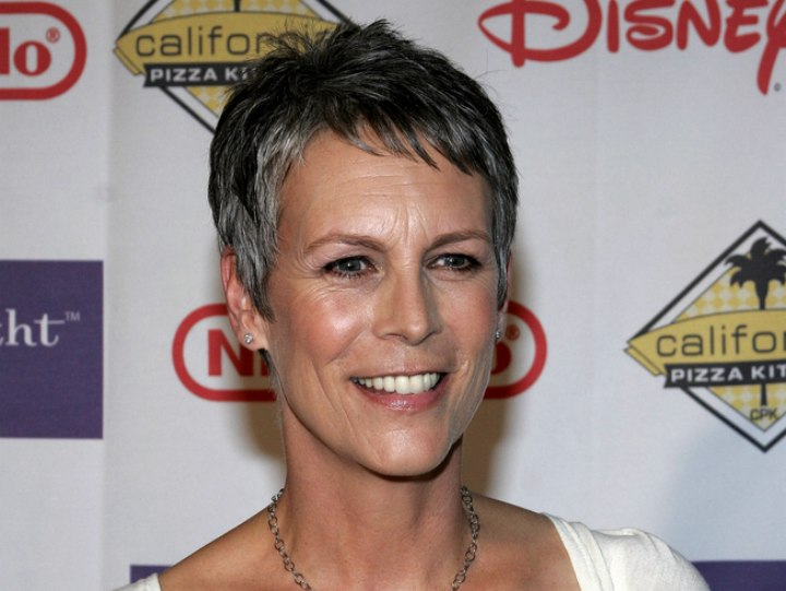 Jamie Lee Curtis - Short no fuss hairstyle