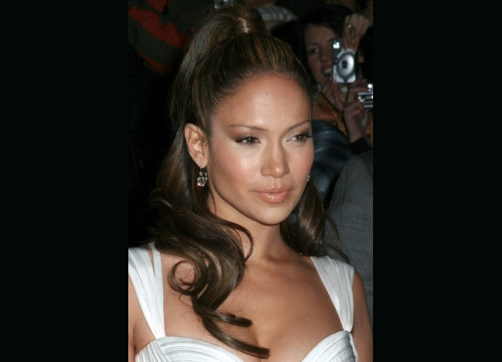 Jennifer Lopez with a mediterranean hairstyle