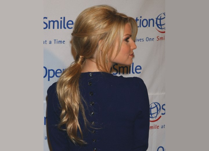 Jessica Simpson - Back view ponytail hairstyle