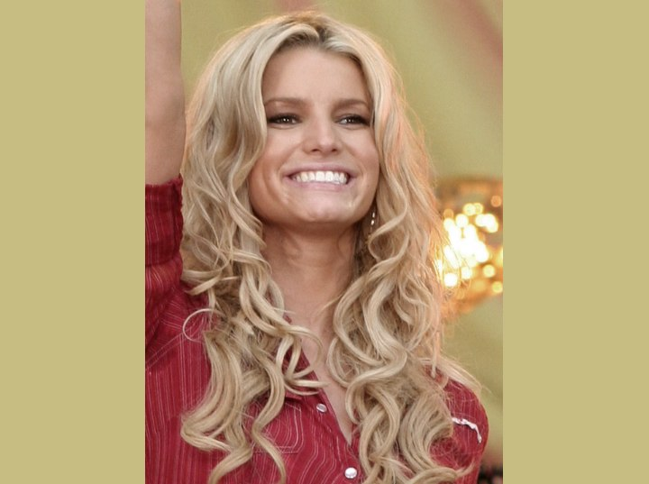 Jessica Simpson with super long curly hair
