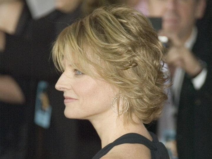 Jodie Foster Medium Length Hairstyle With Layers