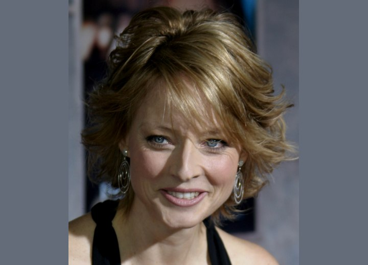 Jodie Foster's hairstyle seen from above