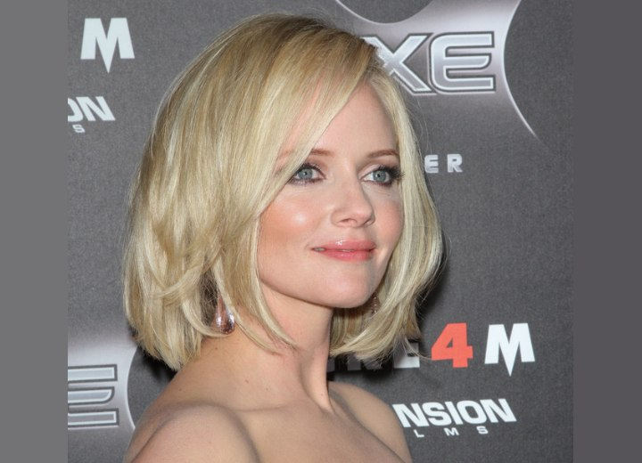 Marley Shelton wearing a long neck-length bob