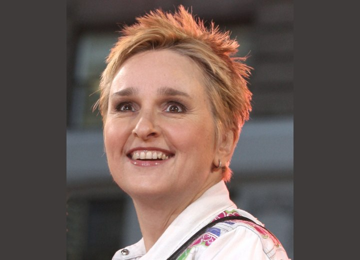 Melissa Etheridge sporting a short crop