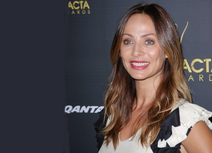 Natalie Imbruglia's long hairstyle