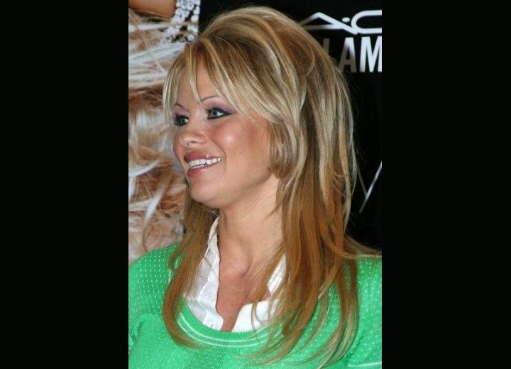 Pamela Anderson With Dark Streaks In Her Blonde Hair