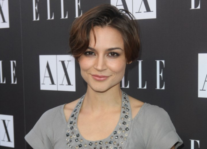 Samaire Armstrong - Short hairstyle with a short back