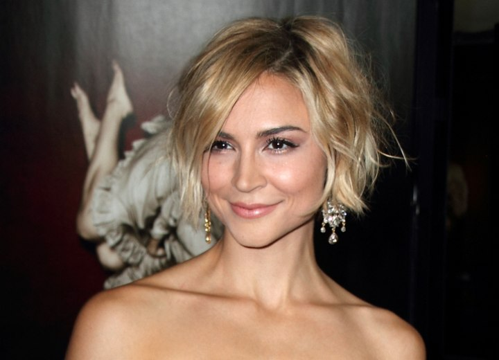 Samaire Armstrong - haircolor with a hombre effect