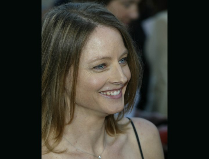 Shoulder length hairstyles - Jodie Foster