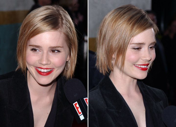 Alison Lohman wearing her hair in a side-parted bob