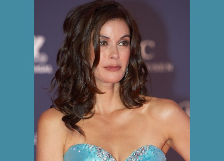 Teri Hatcher with long hair and curls