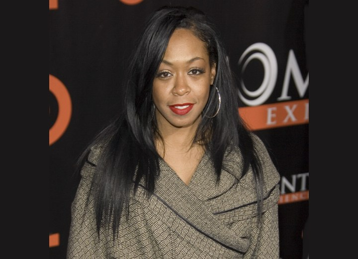 Tichina Arnold S Long And Layered Hairstyle With
