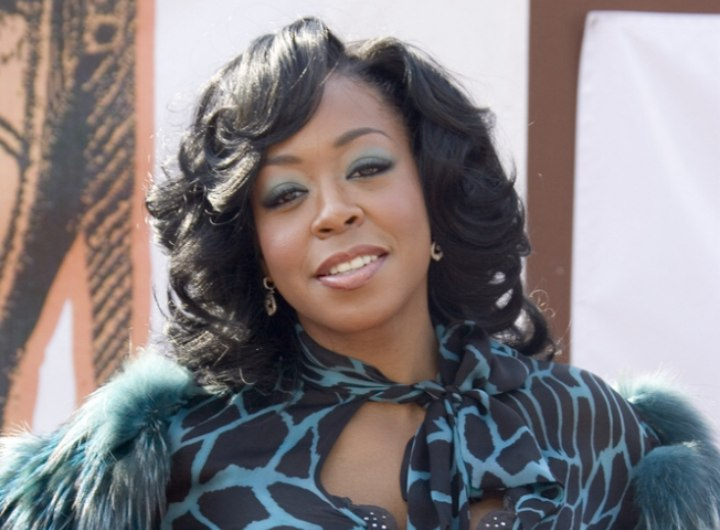 Tichina Arnold with big curls