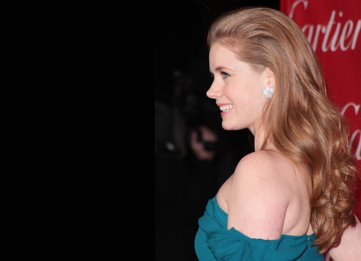Side view of Amy Adams long hairstyle