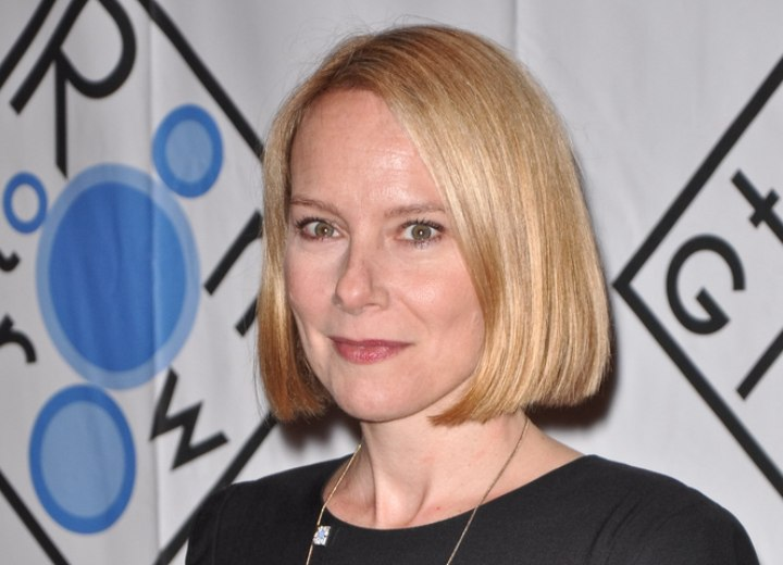 Amy Ryan With A Bob Haircut And The Difference Between A