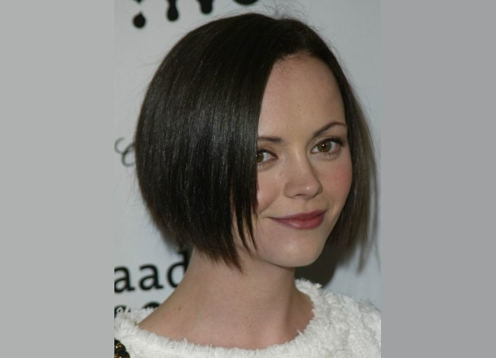 Christina Ricci - Short bob haircut with textured ends