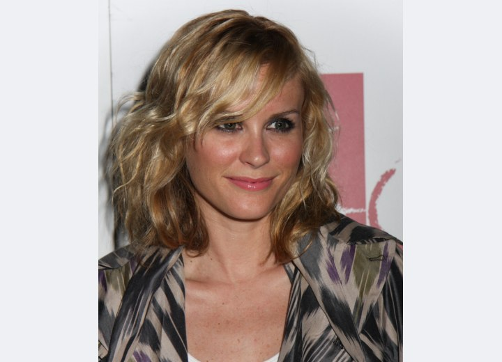 Bonnie Somerville - Light hairstyle for medium long hair