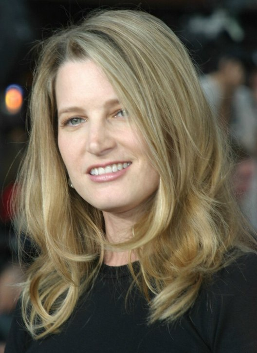 Bridget Fonda Long hairstyle with arcs that frame the face - A Frame Hairstyles