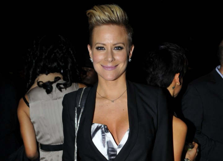 Brittany Daniel - Very short hairstyle with an air of femininity