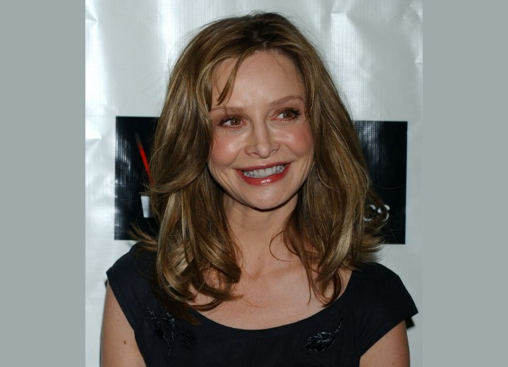 Calista Flockhart - Long blunt hairstyle with volume