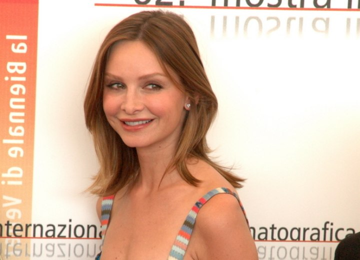 Side view of Calista Flockhart's hairstyle