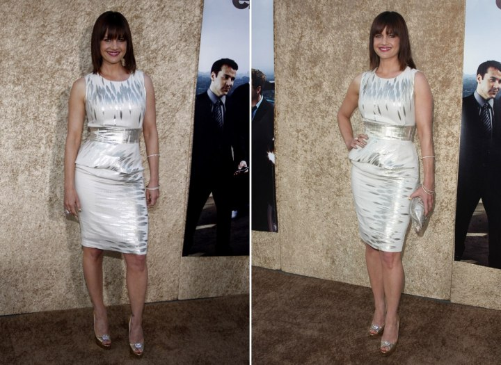 Carla Gugino dress in white and silver