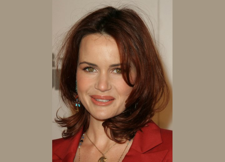 Carla Gugino - Hair razored to soften the ends