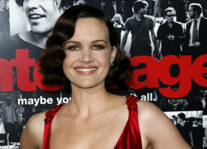 Carla Gugino - Retro look with finger waved hair