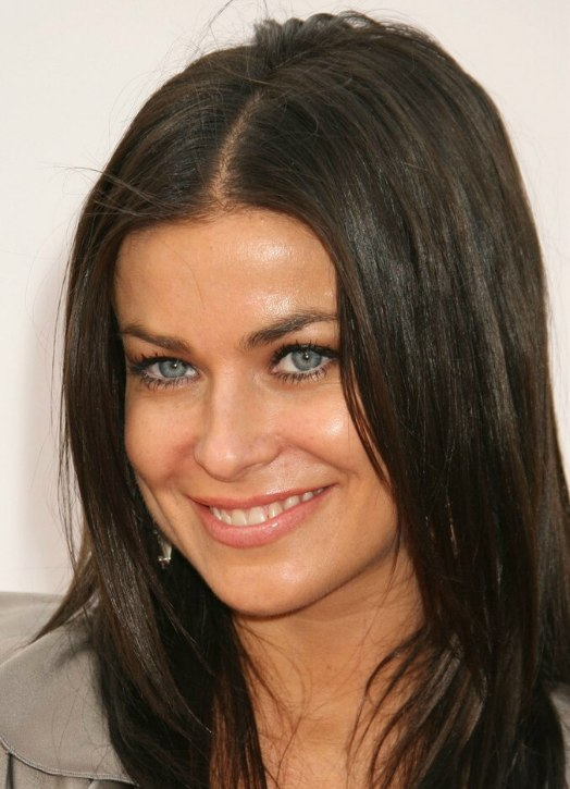 Carmen Electra S Long Hair Tapered Around The Face