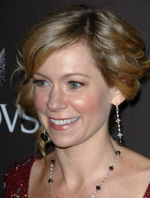 Carrie Preston With Her Hair Up In Curls Up Style For A Dressy Affair