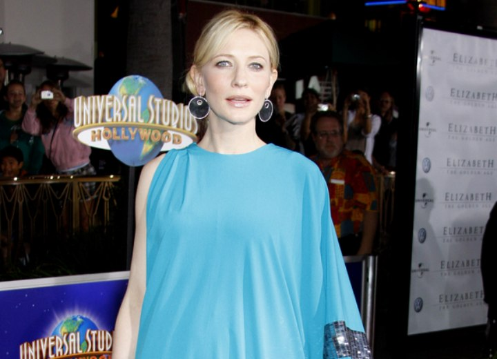 Cate Blanchett wearing a turquoise one shoulder dress