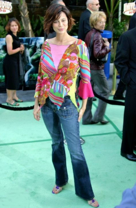Catherine Bell S Short Layered Bob That Reaches To The