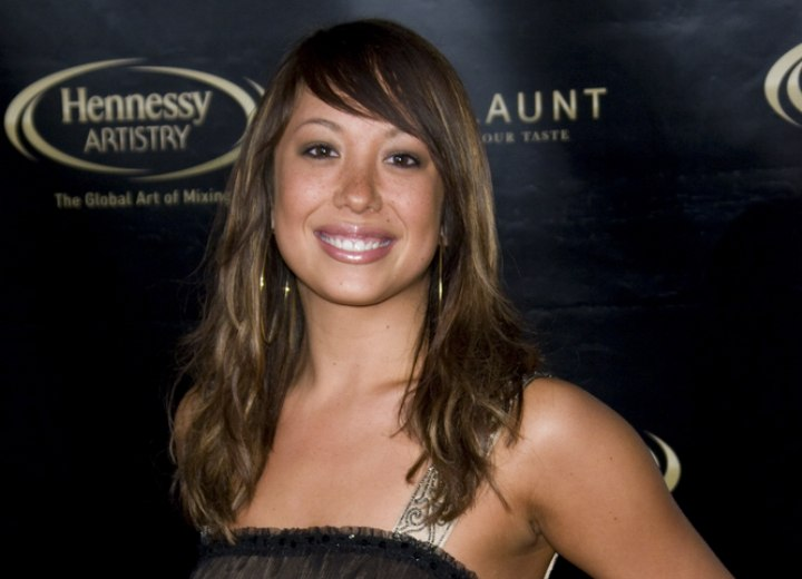 Cheryl Burke - Long hairstyle for a youthful look