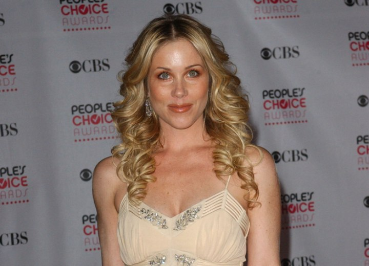 Christina Applegate - Long curly hairstyle