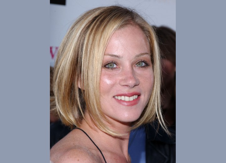 Christina Applegate - Bob hairstyle with youthful styling