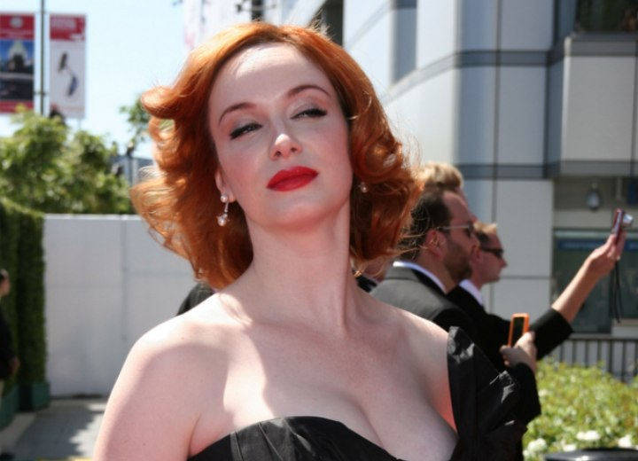 Neckline length hairstyle for red hair - Christina Hendricks