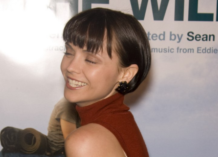 Side view of Christina Ricci's short hairstyle