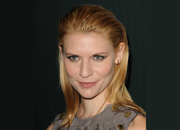 Claire Danes with casual slick long hair falling around her shoulders