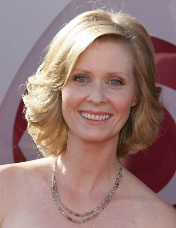 Cynthia Nixon Ash Blonde Hair In A Medium Long Hairstyle