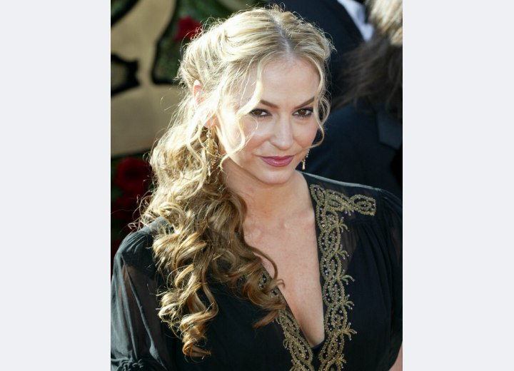 Drea DeMatteo wearing her long hair pulled back