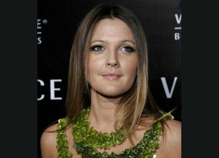 Drew Barrymore - Long center parted hairstyle