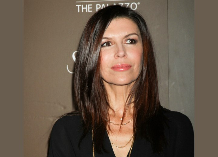 Easy to work with long hairstyle - Finola Hughes