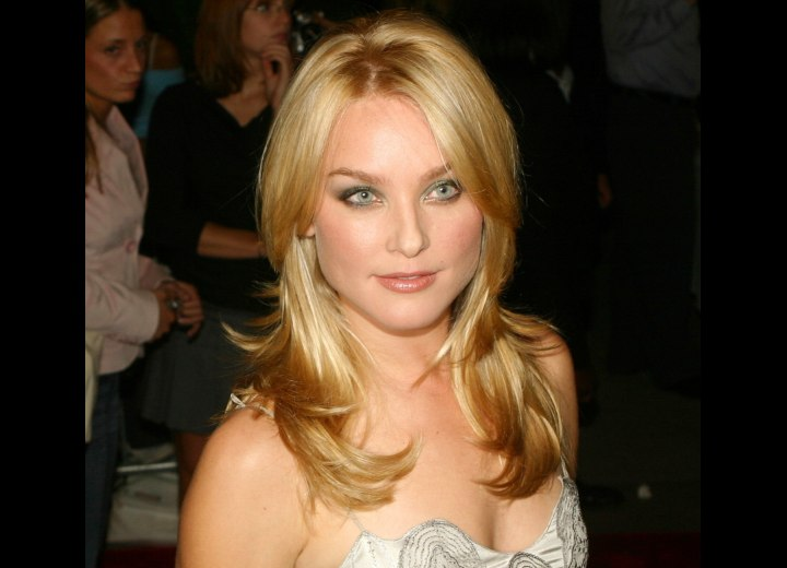 Elisabeth Rohm - Practical evening hairstyle for long hair