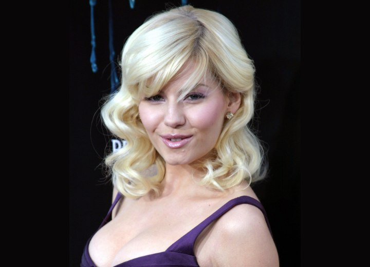 Elisha Cuthbert - Shoulder long curled hairstyle