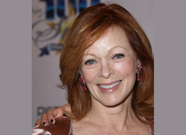 Shoulder length hairstyle for aging faces - Frances Fisher