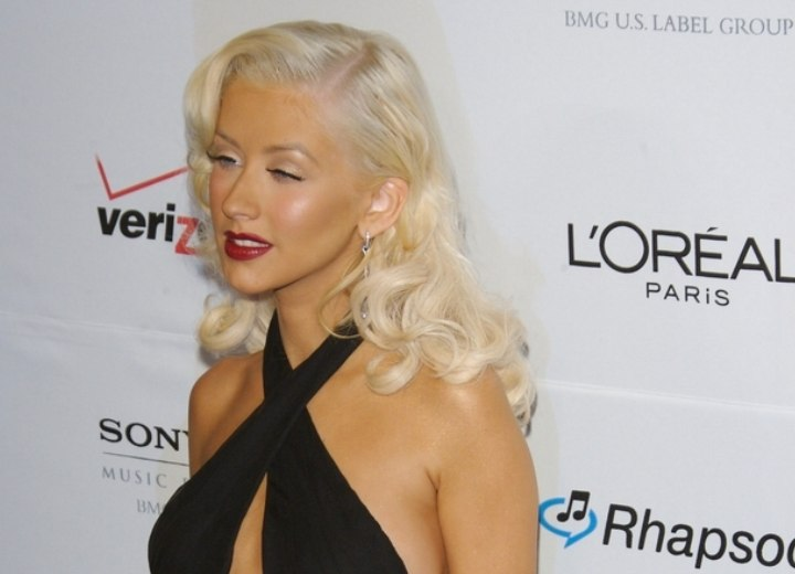 Christina Aguilera with her hair bleached and styled for a Marilyn Monroe look