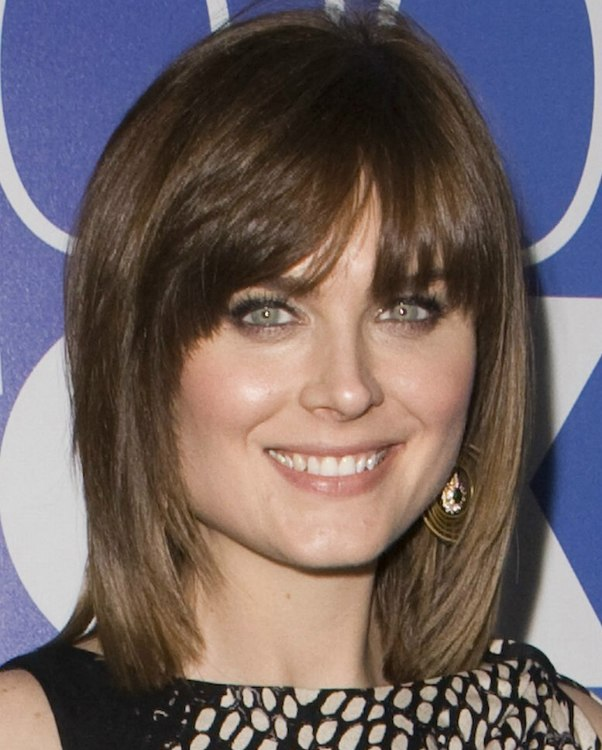 Neck Length Hairstyles find this pin and more on possible hair stylescolors by sdunlap68 Emily Deschanel Neck Length Hairstyle With Angling Down The Sides