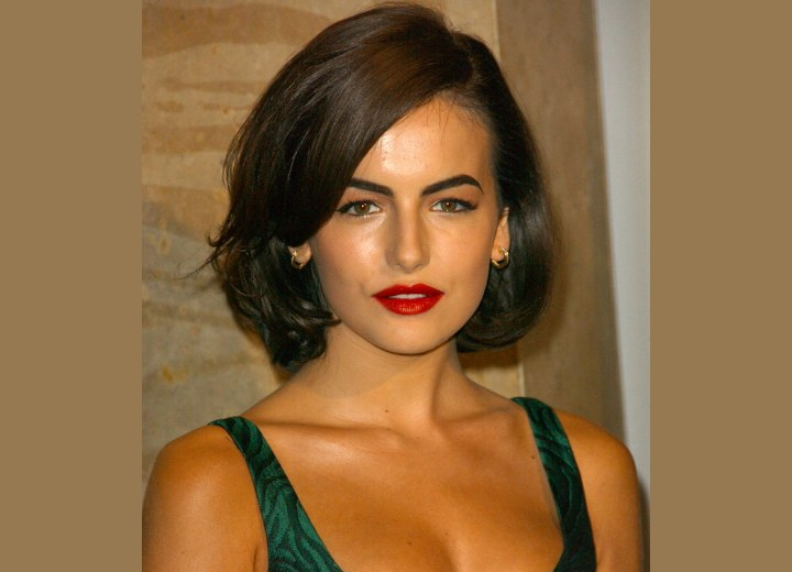 Retro hairstyle for medium length hair - Camilla Belle