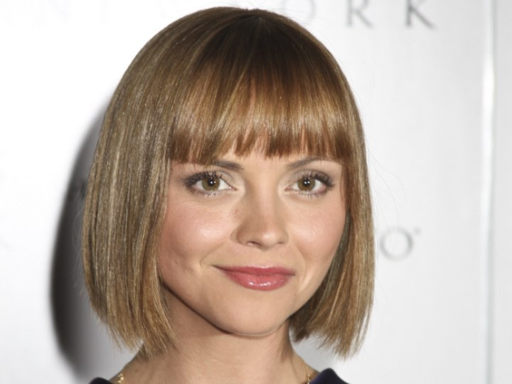Simple and timeless bob hairstyle - Christina Ricci